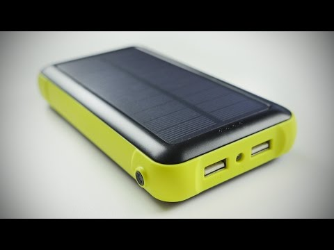 Solar Powered Battery Pack! (ZeroLemon SolarJuice)