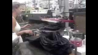 Карусельный станок для печати на сумках(Трафаретная печать на сумках в одну краску на п/а станке ATMA. Макс. размер печати 200х280мм., 2014-06-09T09:50:33.000Z)