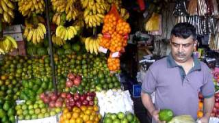 Sri Lanka,ශ්‍රී ලංකා,Ceylon,Kandy:Buy Avocado in Market
