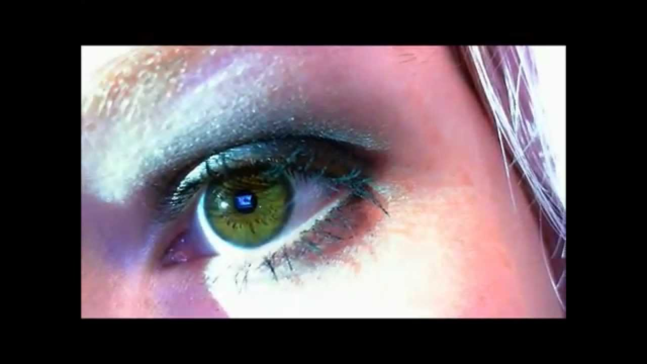 how to change brown eyes to green naturally