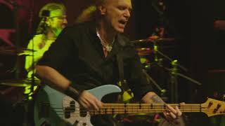 The Winery Dogs - Desire (Live In Santiago)