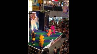 Barney & Friends Live Show at United Square in Singapore! (Jingle Bells, Christmas Special)