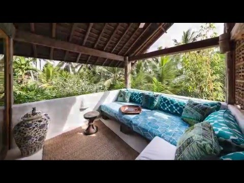stone house Bali, a luxury b & b