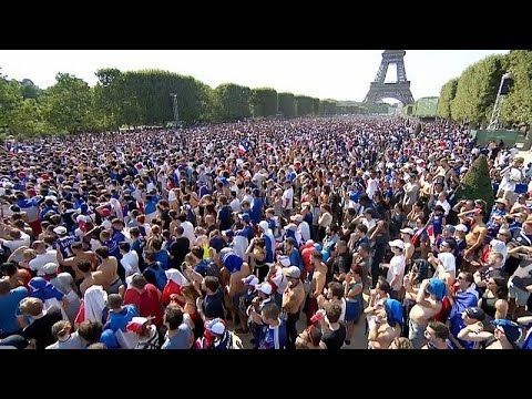 احتفالات عارمة تعم فرنسا ابتهاجاً بالفوز بكأس العالم  - نشر قبل 53 دقيقة