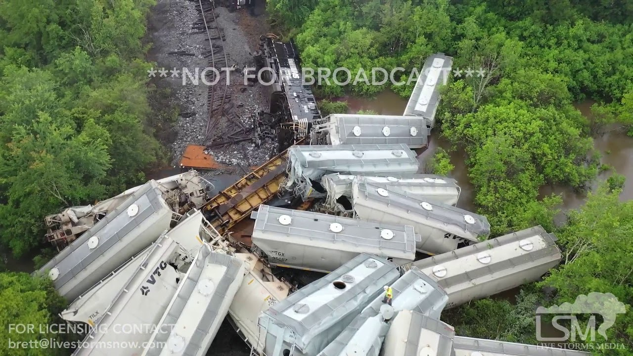5-11-2019 Hillsdale, Ms train derailment, cars piled up, track washed out from flash flooding drone