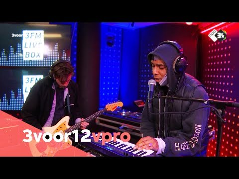 Sor – Honest In Me Face & Bestie (live at 3voor12 Radio)