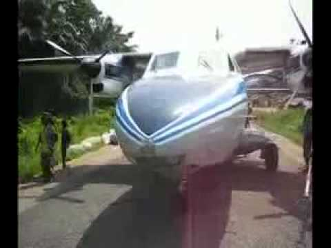 L410 crazy landing and take off in africa kongo