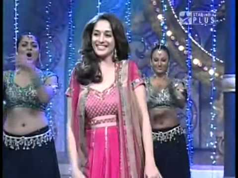 Aaja nachle  Madhuri and Vaibhavi on Nach Baliyeflv nice performance
