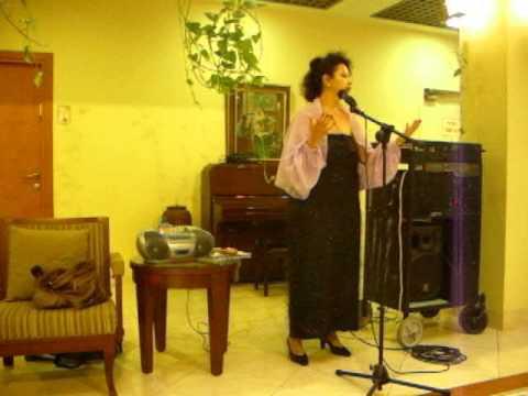 NELLY SMELYANSKY CONTRALTO SINGER GUARDA CHE LUNA GUARDA CHE MARE  MALGONI