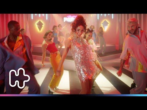 Zeynep Bastık - Bana Sorma (Official Video)