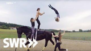 Kein Tag ohne Pferde: die Schlumbohms | SWR Mensch Leute
