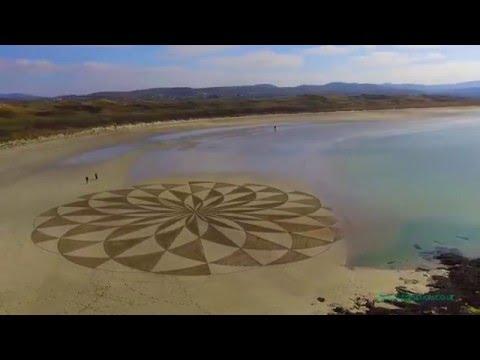 Trá Mór Sand Art (ElevatedAerials)