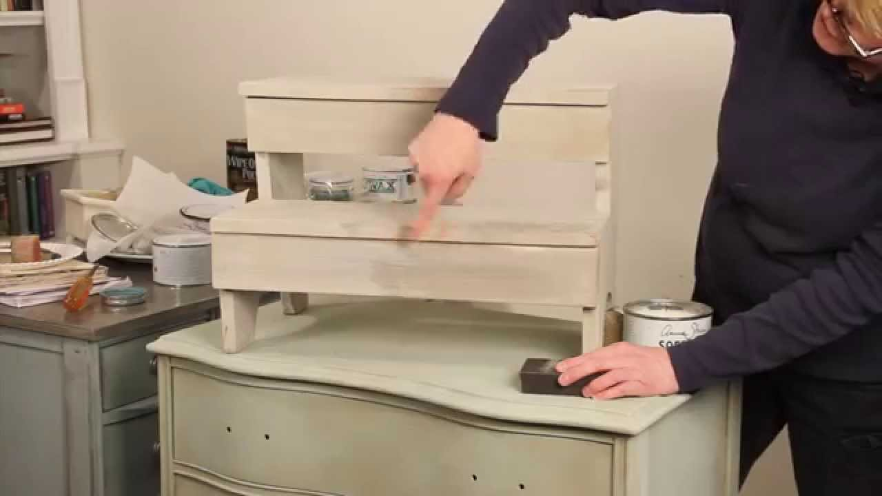 Layering Technique And Distressing Annie Sloan Chalk Paint