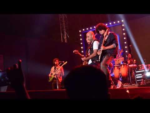 Socha Hai | Farhan Akhtar live show | Indore | Rangoon garden | 6Jan2018