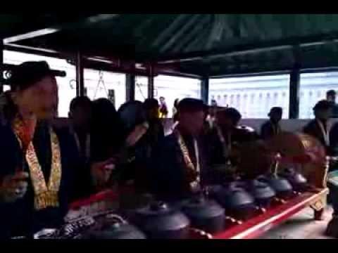 gending kodok ngorek dari gamelan kanjeng kyai kebo gangang