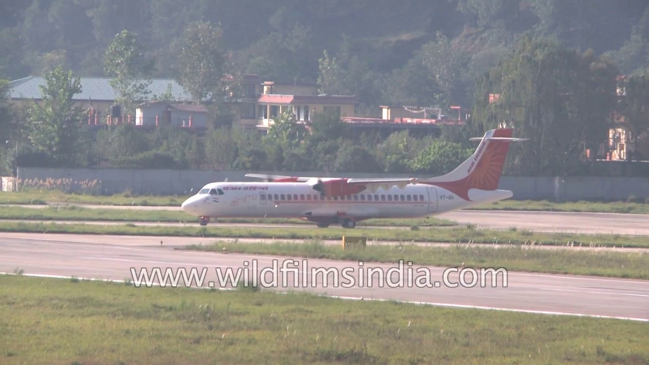 Air India propellor plane takes off from Kullu Manali Bhuntar Airport,  Himachal Pradesh