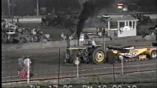15,000LB FARM STOCK CLASS AT THE 2006 DECATUR COUNTY, IN FAIR.mpg