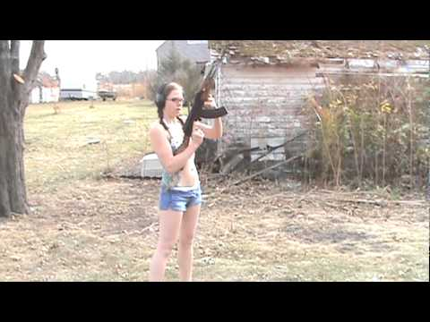 Hot Girl Shoots AK-47