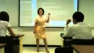 Zła azjatycka nauczycielka