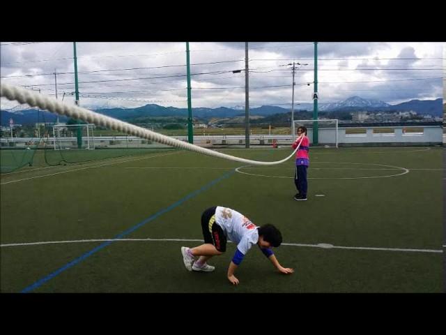 運動の様子「大縄でヘビ」|すくすくスクール|石川県加賀市|放課後等デイサービス