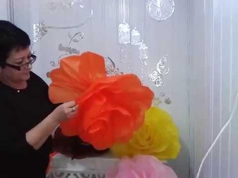Aula 16 como fazer flores gigantes em papel de seda for Como quitar papel mural