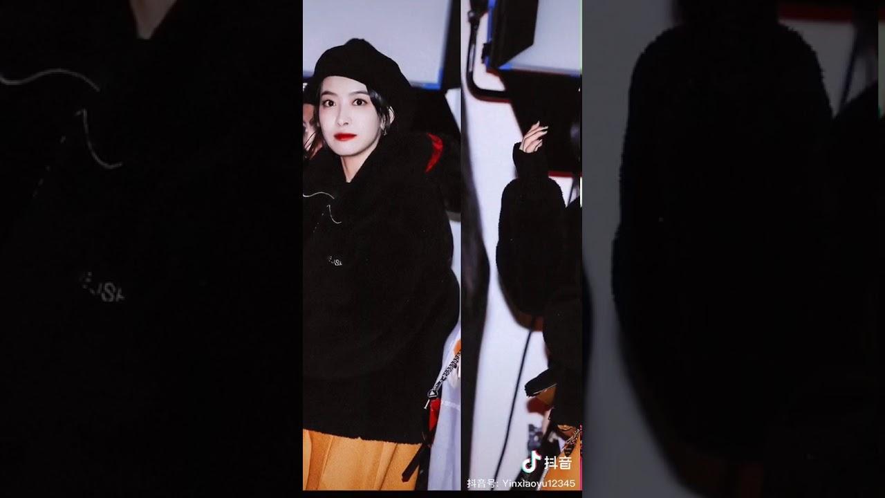 Tống Thiến tại event Jimmy Choo X YK Jeong Seoul Hàn Quốc