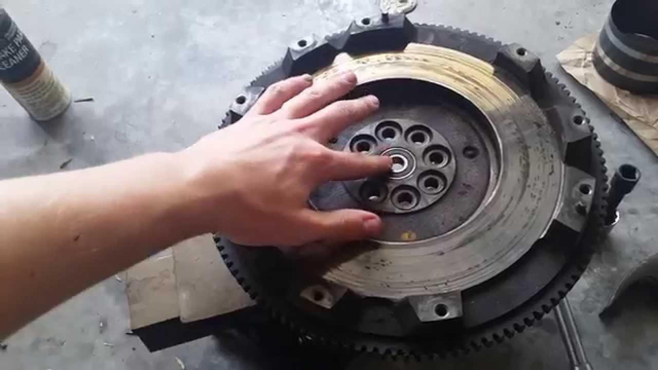 Exedy Stage 2 Clutch >> Ej25 wrx sti pilot bearing / input shaft install - YouTube