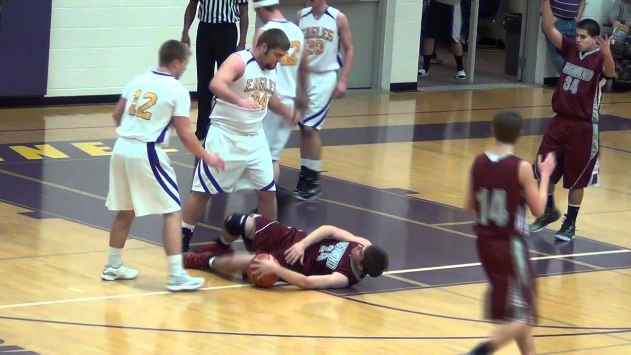 Flagrant foul no-calls Highland @ Connell 12/22/11 - YouTube