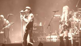 RICHIE SAMBORA & ORIANTHI (RSO) - Livin' On A Prayer (Live in Dublin)