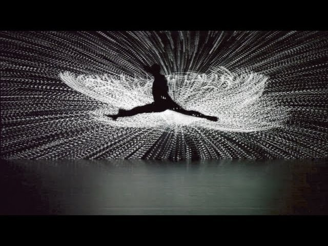 Apparition HD grand finale – Klaus Obermaier & Ars Electronica Futurelab, feat. Rob Tannion