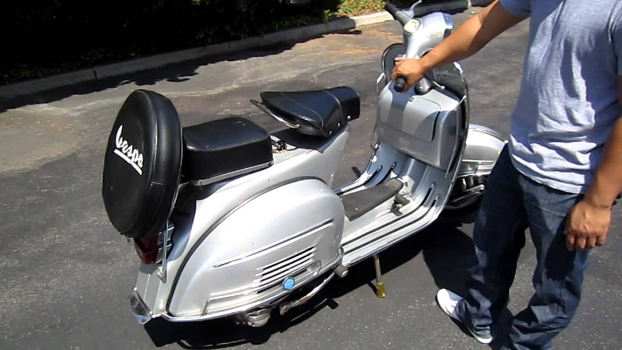 Vintage 1960's VESPA SPRINT Professionally restored