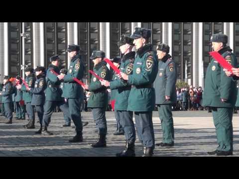 Присяга курсантов и торжественная клятва кадет в Санкт-Петербургском университете ГПС МЧС России