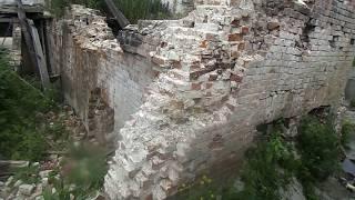 видео Кладка стен и перекрытий из обожженного кирпича