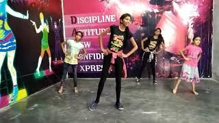 Chorey wali banh Bhangra basic dance for learner...choreograph by  my asistant CHHAYA SAINI