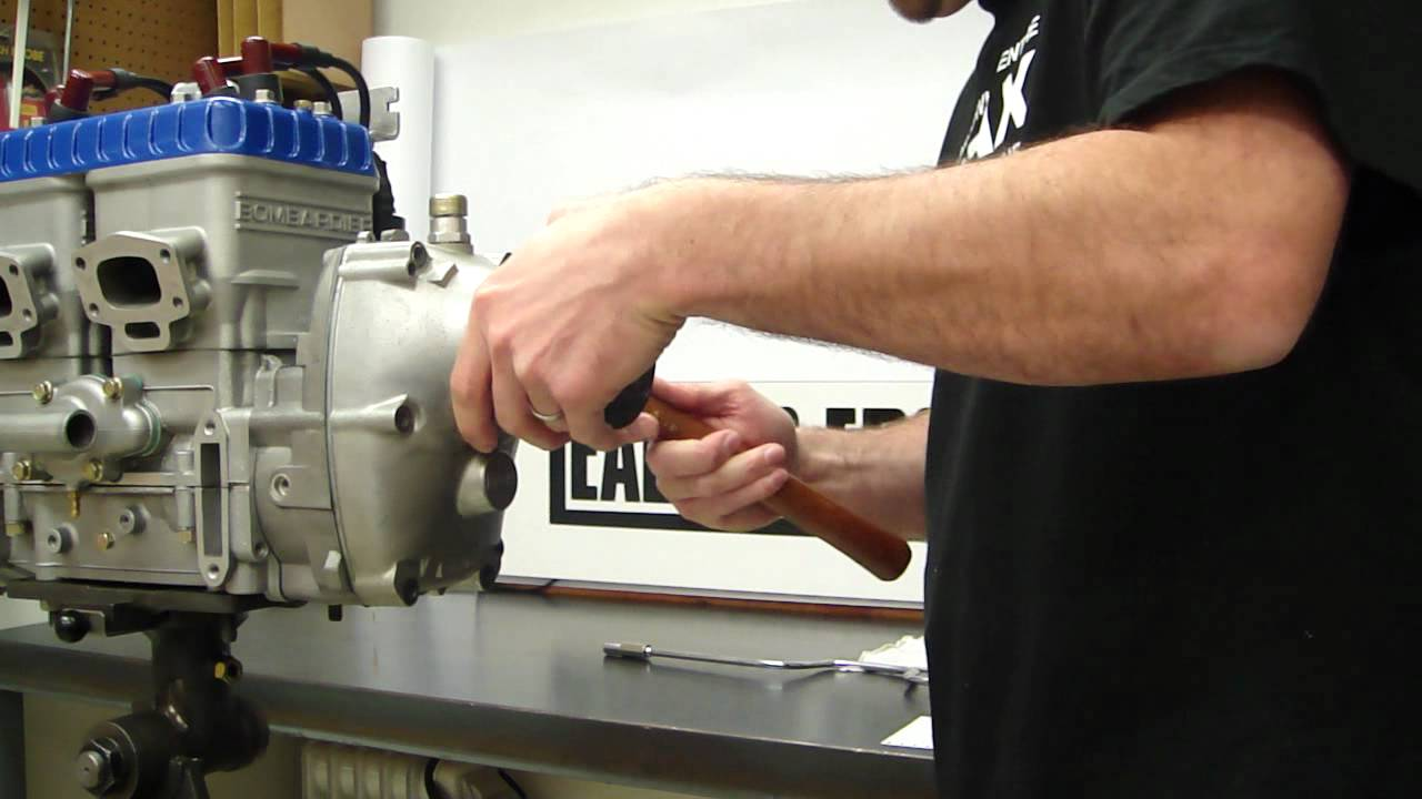 Rotax B Gearbox Removal - YouTube