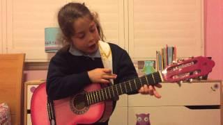 Annabelle teaches Guitar - Basic G Chord & G7 Chord for kids