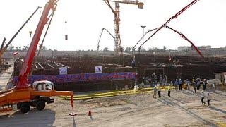 Bis 2025: Neuer Atomreaktor und Ölfeld im Iran