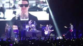 Fall Out Boy - The Phoenix (Save Rock And Roll Tour Manila)