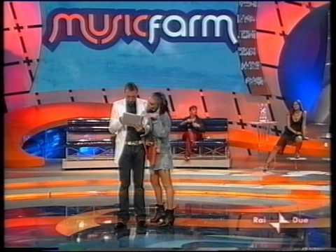 Loredana Berte' - Music Farm 2004 (finale prima parte)