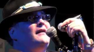 "Blues Traveler - ""The Mountains Win Again"" (eTown webisode 194)"