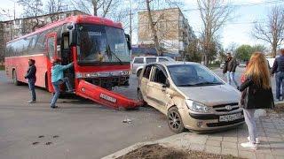 Керчь: в ДТП попал автобус со школьниками