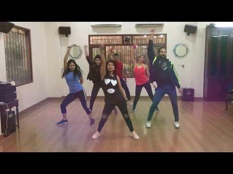 NEEND CHURAI MERI | ZUMBA FITNESS | DANCE FITNESS | ZIN MANISHA