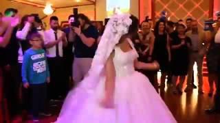 Невеста зажигает