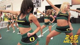 Video University of Oregon Cheerleader Live Pre Game Performance U of O vs. Purdue 2009 download MP3, 3GP, MP4, WEBM, AVI, FLV Oktober 2018