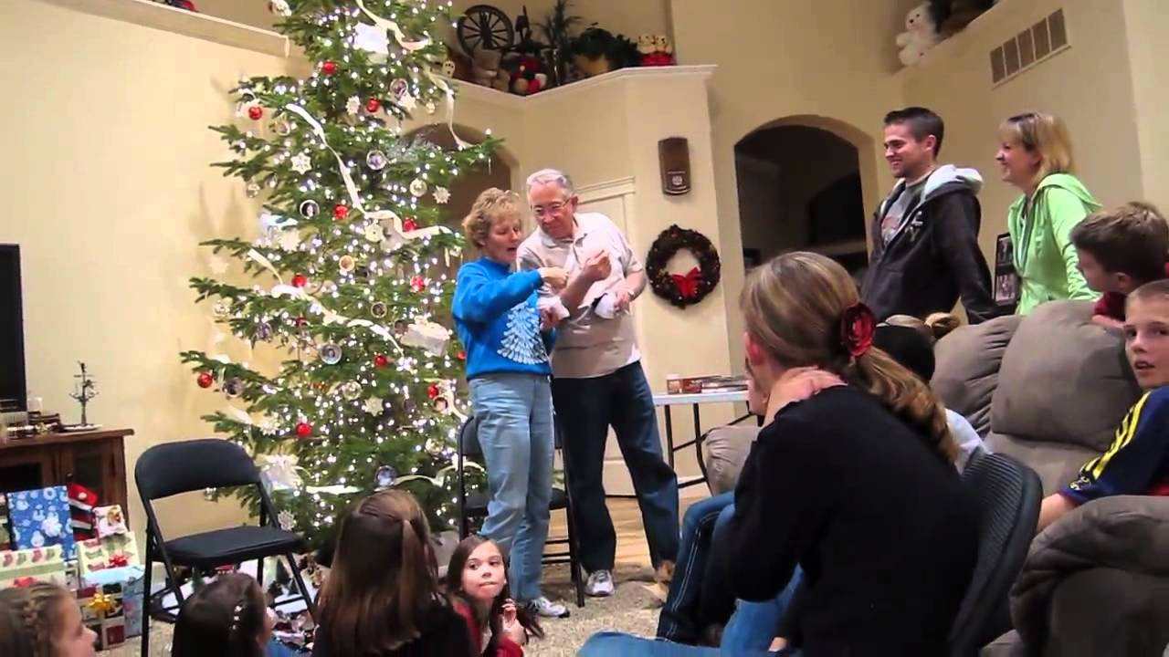 Christmas Pregnancy Announcement Youtube