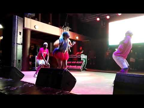 SHO MADJOZI - DUMI HI PHONE || LIVE PERFORMANCE AT FREESTATE BEACH PARTY