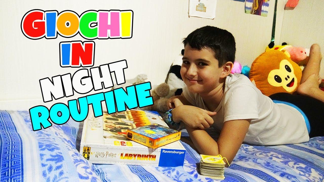 GIOCHI ESTIVI IN NIGHT ROUTINE!! - Pippo Official Channel