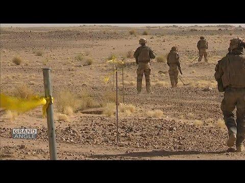 Grand Angle: l'armée français face aux jihadistes au Mali