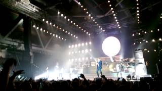 Download Seeed - Dickes B (M.I.A. - Paper Planes remix), Chemnitz Arena, 02.03.2013 MP3 song and Music Video