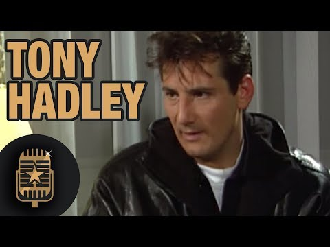 Tony Hadley of Spandau Ballet is interviewed by TopPop, December 1989 • Celebrity Interviews